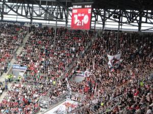 jalkapallo-ottelu Augsburgissa